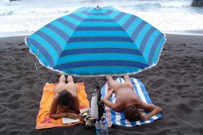 Los nudistas de Varsovia, en pie de guerra para conseguir su propia playa