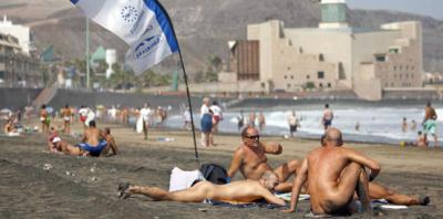Nudistas en la playa de Las Canteras