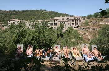 Diez años de nudismo en El Fonoll